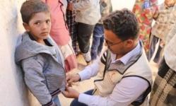 بدعم إماراتي..توزيع مساعدات شتوية على الأهالي بمديرية الضليعة (صور)