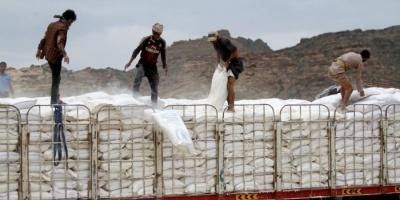 انهيار قطاع المساعدات.. عراقيل حوثية خلّفت مآسي إنسانية