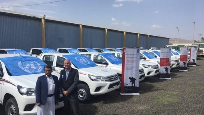 سيارات إسعاف في الجبهات.. الأمم المتحدة تدعم الحوثيين