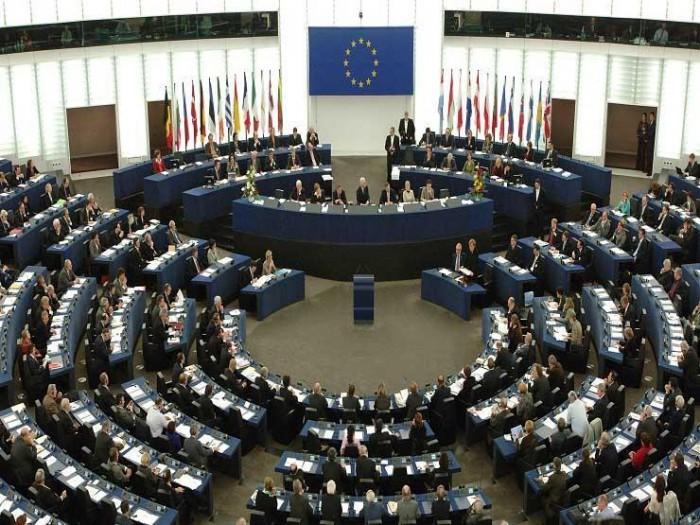 الاتحاد الأوروبي يدعو إلى وقف العمليات العسكرية في إدلب