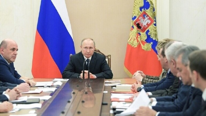 الكرملين: بوتين يبحث مع أعضاء مجلس الأمن الروسي الوضع في إدلب