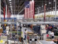 مخاوف كورونا تستهدف قطاعي الصناعة والخدمات الأمريكيين