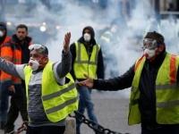 اعتقال 9 أشخاص خلال تظاهرة لحركة السترات الصفراء واشتباكات مع الشرطة