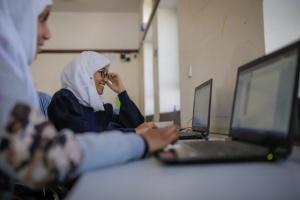 يونيسيف تؤكد مواصلة جهودها للحد من انهيار التعليم باليمن
