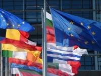كورونا تنشر القلق في أسواق أوروبا وتؤثر على واردات النسيج الآسيوية