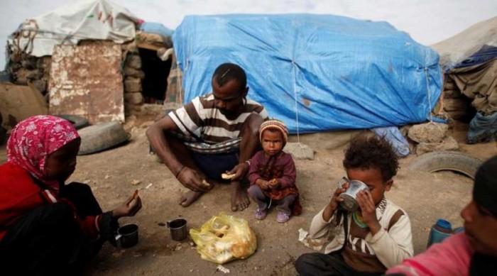 نهب الحوثيين للمساعدات.. بين عبث المليشيات ومأساة القرن وتحذيرات العالم