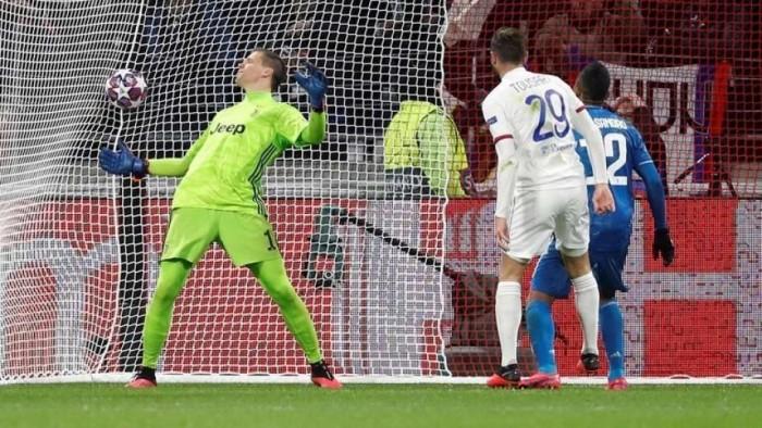 ليون يهزم يوفنتوس في حضور رونالدو بدوري أبطال أوروبا