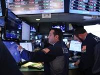 الأسهم الأمريكية تنخفض.. وداو جونز يهبط 4.4%