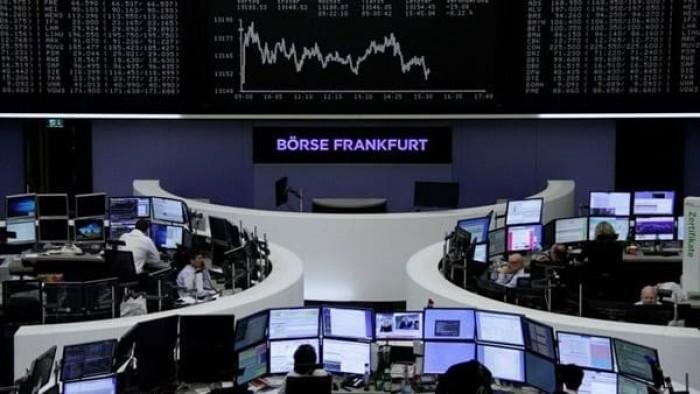 """أسهم البورصة الأوروبية تتراجع 3 % مع تنامي المخاوف بشأن تفشي """"كورونا"""""""
