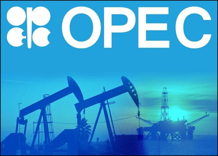 أوبك تدرس تخفيض إنتاج النفط بسبب كورونا