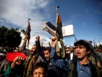مدنيون في المحارق.. كيف يُعوِّض الحوثيون خسائرهم؟