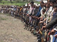 عقال الحارات.. سلاح الحوثيين نحو مزيدٍ من المجندين