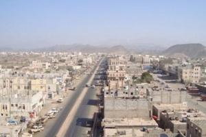 وسط مطاردات لهم.. مسلحون يطلقون النار على أمن محافظة لحج