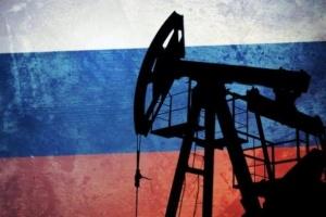 إنتاج روسيا النفطي يرتفع لمستوى قياسي