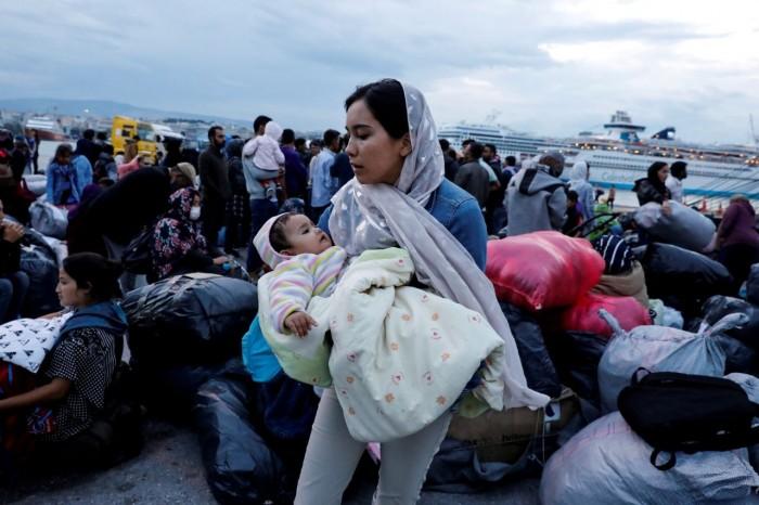 اليونان: الوضع خطر والمهاجرين أصبحوا أدوات تستخدمها تركيا للضعط الدبلوماسي