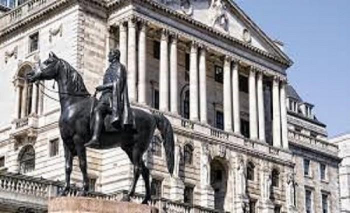 بنك إنجلترا لا يؤيد أي قرار لخفض أسعار الفائدة