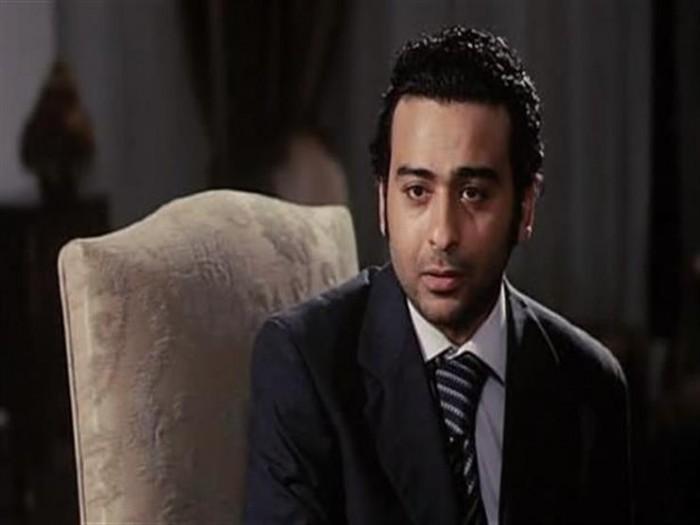 وفاة والد الفنان المصري أحمد عزمي
