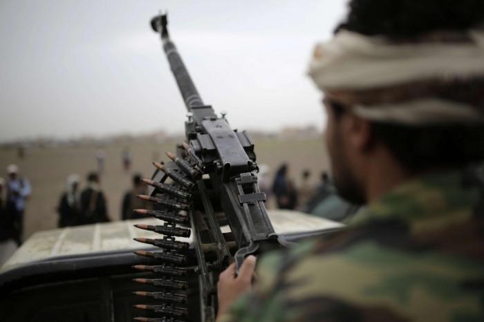 تفاصيل عسكرية.. كيف يضيق الخناق على الحوثيين؟