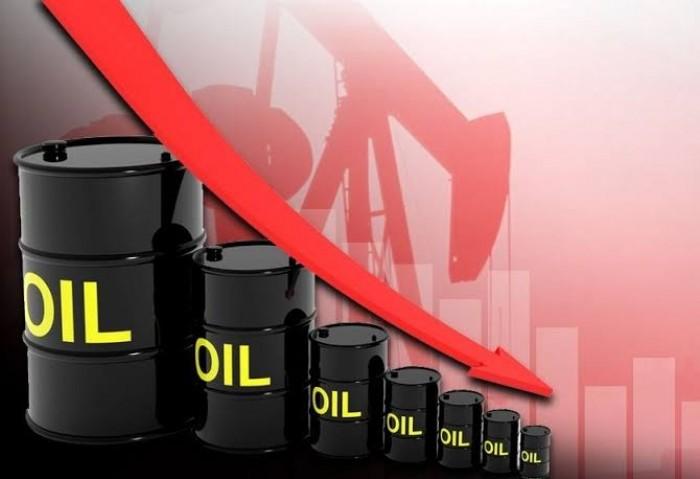 عقب رفض روسيا اقتراح أوبك.. النفط يهبط لأدنى مستوى منذ 10 سنوات