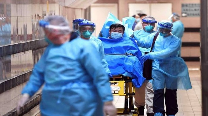 البحث عن 70 شخصا في أستراليا كشف عليهم طبيب مصاب بكورونا