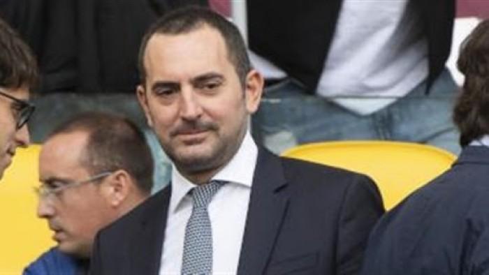 وزير الرياضة الإيطالي يطالب بتعليق دوري كرة القدم بسبب كورونا