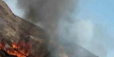 انفجار شاحن جوال يحرق خيمة معلمين بالمهرة