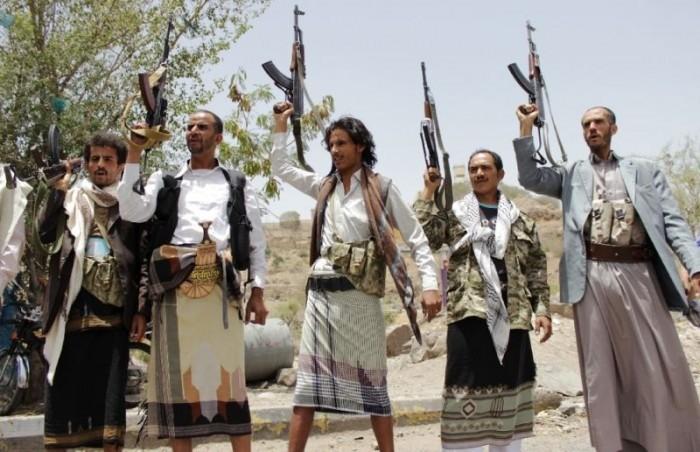 بعد انسحاب الشرعية.. مليشيا الحوثي تُسيطر على اليتمة والمهاشمة