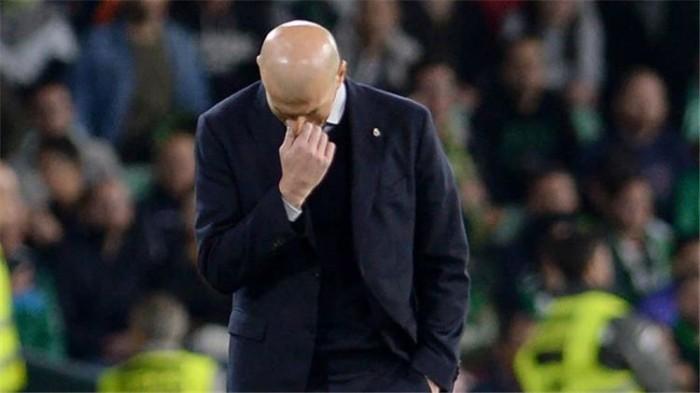زيدان يعلق على هزيمة فريقه أمام ريال بيتيس