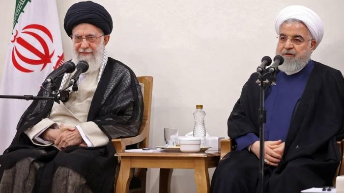 """صحفي يكشف حقيقة الخلافات داخل حكومة إيران بسبب """"كورونا"""""""