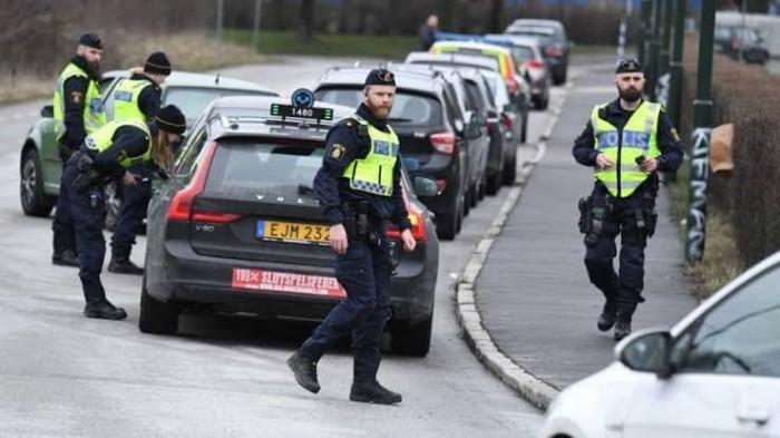 انفجار عبوة ناسفة بسبب اضرابا بالعاصمة السويدية