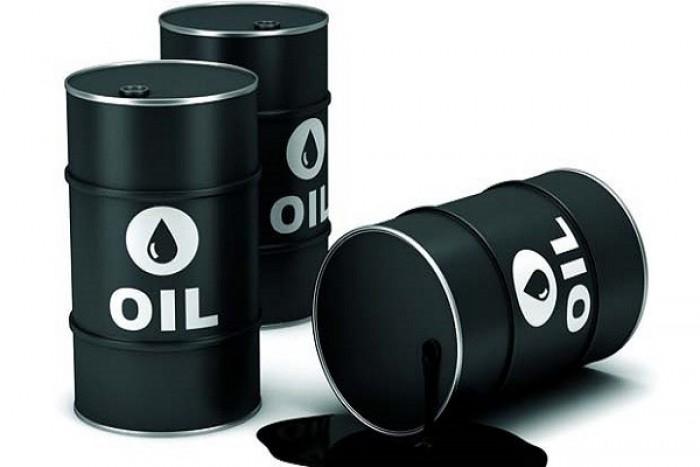 النفط ينخفض بنحو 7.2 % جراء إعلان أرامكو