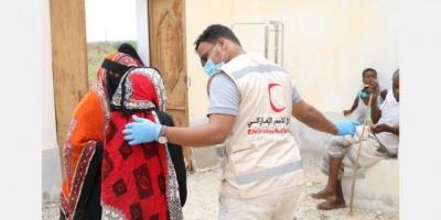 """""""الهلال الإماراتي"""" يعالج 100 مريض في بروم ميفع"""