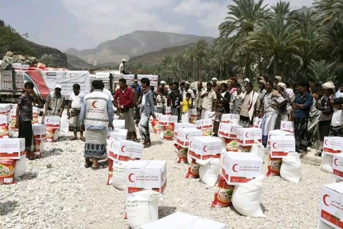 هلال الإمارات يُغيث أهالي المناطق الريفية بحضرموت (صور)