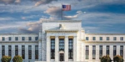 المركزي الأمريكي يخفض سعر الفائدة قرب الصفر للحفاظ على الاقتصاد
