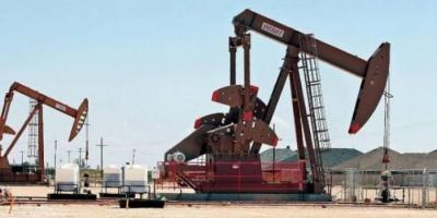 انخفاض أسعار النفط وسط تراجع الطلب جراء كورونا