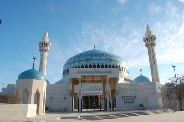 """""""كورونا"""".. سلطنة عمان تحظر صلاة الجمعة في المساجد"""