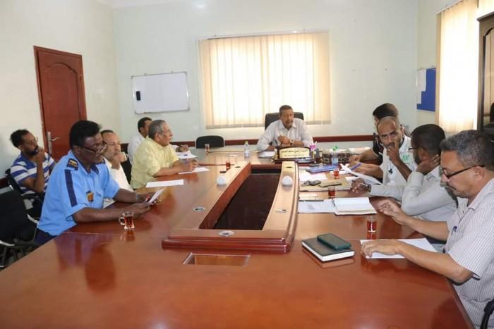 اجتماع في المكلا لتيسير أعمال المشاريع الأممية