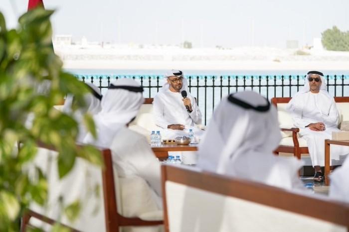 محمد بن زايد: الإمارات أوضاعها أفضل في مواجهة كورونا