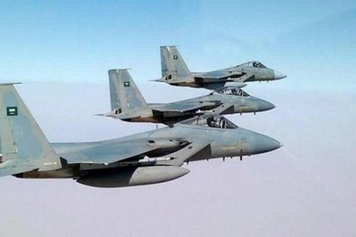 التحالف العربي يقصف مليشيا الحوثي في صرواح