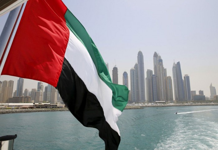 كاتب: الإمارات أبدعت في أزمة فيروس كورونا