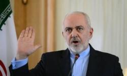 ظريف يحمل أمريكا مسؤولية تعثر إيران في مكافحة كورونا