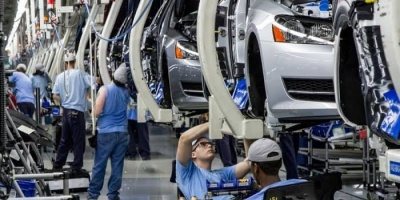 """توقعات بتراجع حاد في مبيعات السيارات غربي أوروبا بفعل """"كورونا"""""""