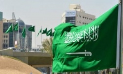 السعودية: وقف صلاة الجمعة والجماعة لجميع الفروض بالمساجد والاكتفاء برفع الآذان