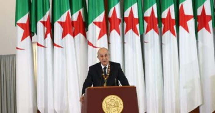 الجزائر: منع التجمعات والمسيرات وإغلاق المساجد وأماكن العبادة بسبب كورونا