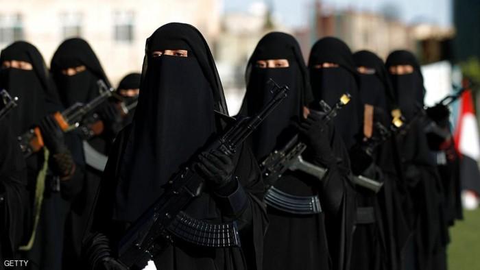 """الحوثيون ونساء اليمن.. """"اعتقال المديرات"""" يُذكِّر بالمآسي الفظيعة"""
