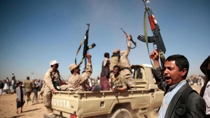 """ضربات """"المشتركة"""".. كيف كسرت الحوثيين في الحديدة؟"""