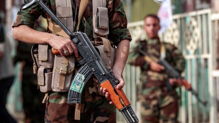 """الحوثيون واختطاف المسافرين.. مدنيون ينتظرهم """"موت الجبهات"""""""