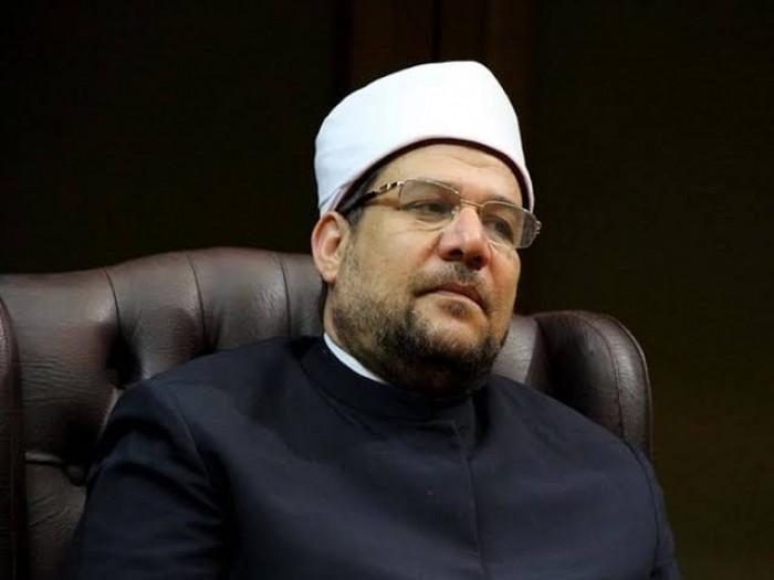 الأوقاف المصرية تقرر غلق جميع المساجد لمدة أسبوعين وتغيير صيغة الأذان