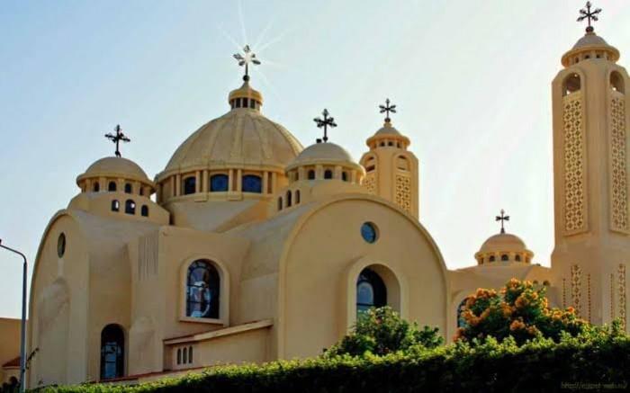 عاجل.. الكنيسة القبطية الأرثوذكسية في مصر تقرر غلق كافة الكنائس