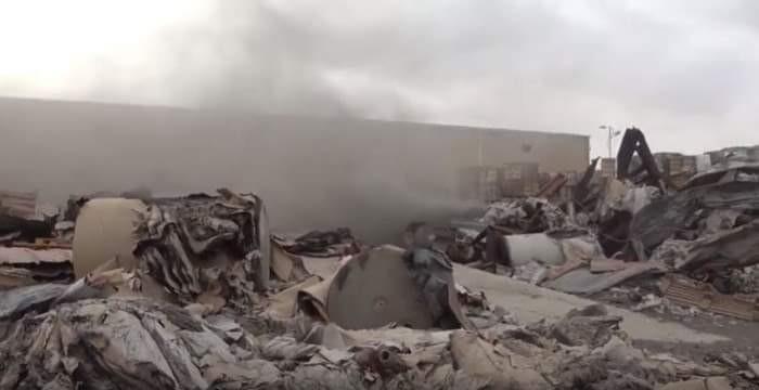 قصف مستمر وكارثة بيئية.. مليشيا الحوثي تحاصر أبرياء الحديدة
